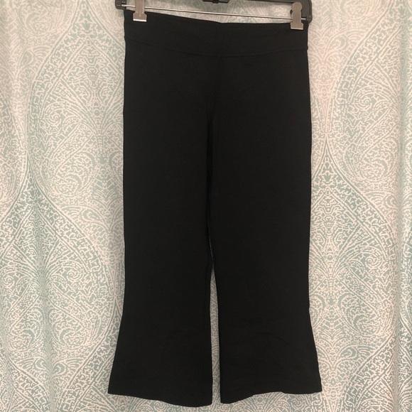 Lululemon Capri Yoga Pant in size 4
